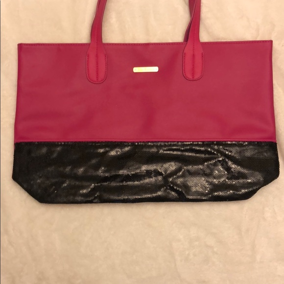 Juicy Couture Handbags - Juicy Couture Tote-Offer/Bundle to Save
